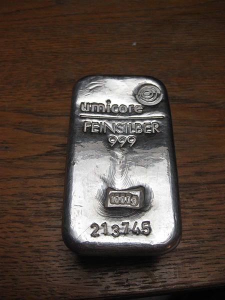 Silver ingot (Creative Commons/Aatze78)